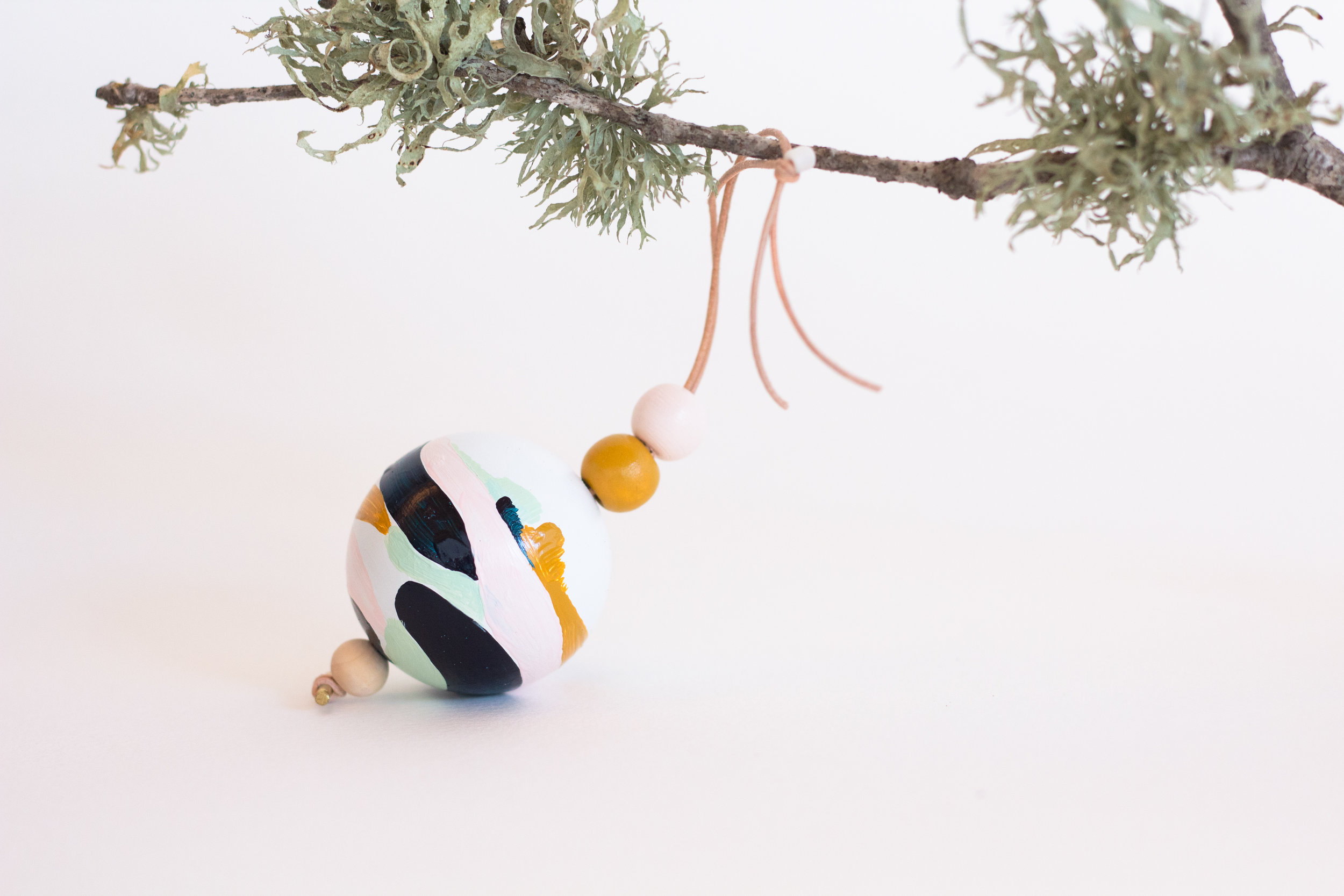 Ornament-29.jpg