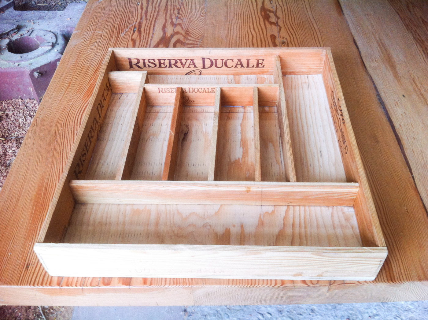 BeReclaimed - Reclaimed Wood Cutlery Insert - Wine box - Toronto.jpg