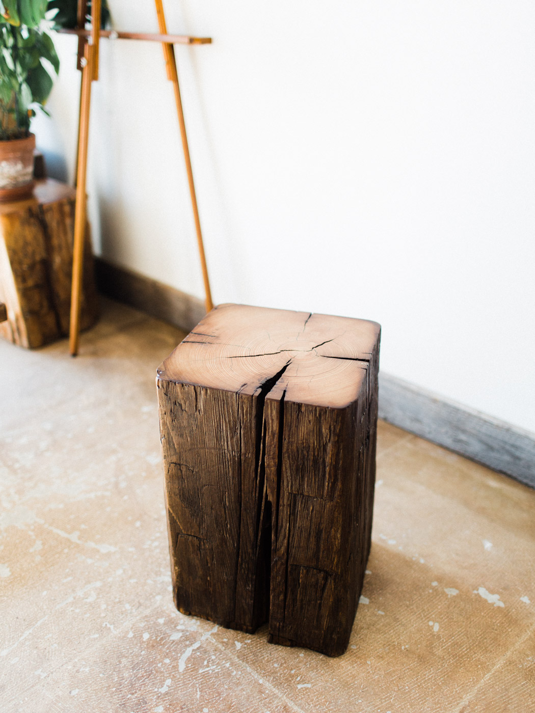 BeReclaimed - Reclaimed Wood Stool - Elm Barnbeam - Sidetable.jpg