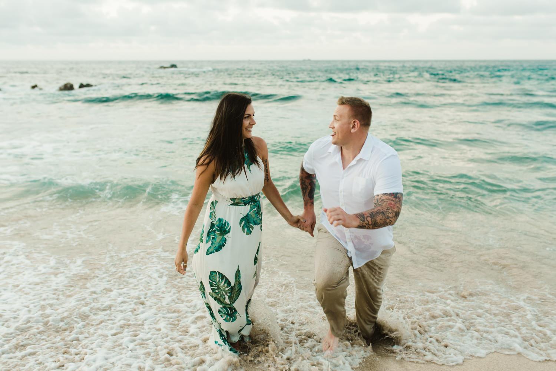 couples_photographer_maui_kapalua-10.jpg