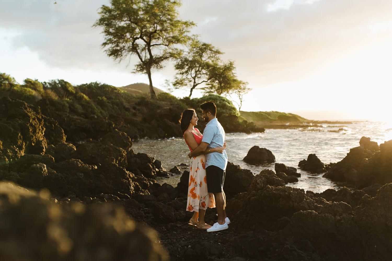 couples_photos_maui_beach-5.jpg