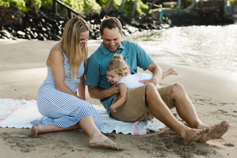 family_photos_maui_baby_beach-13.jpg