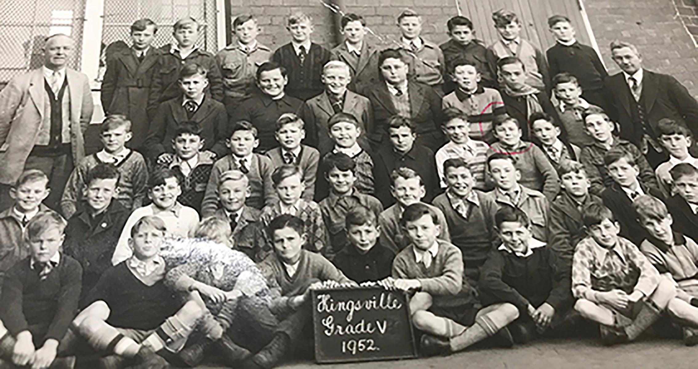 Ron Gretton, Grade 5, 1952 (red circle)