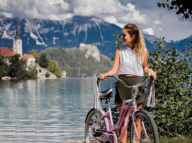 Inhale summer so deeply it goes right into the blood where it will pulse on and keep you warm and alive☀️ . . . . #bingelci #bled #streamers #bikelife #bledisland #visitslovenia #thetravellerwomen #thewanderingtourist #worldnomad #cycling #35mm #handmade #naturelover #fashion #wandermore #wanderlife #wandergirl #iamtb #blondsandcookies #cybercorner #fashiongals #carmushka #ootdgals #blonde #fashionaddict #summermood #sunnymood #prettylittleiiinspo #fashiongram