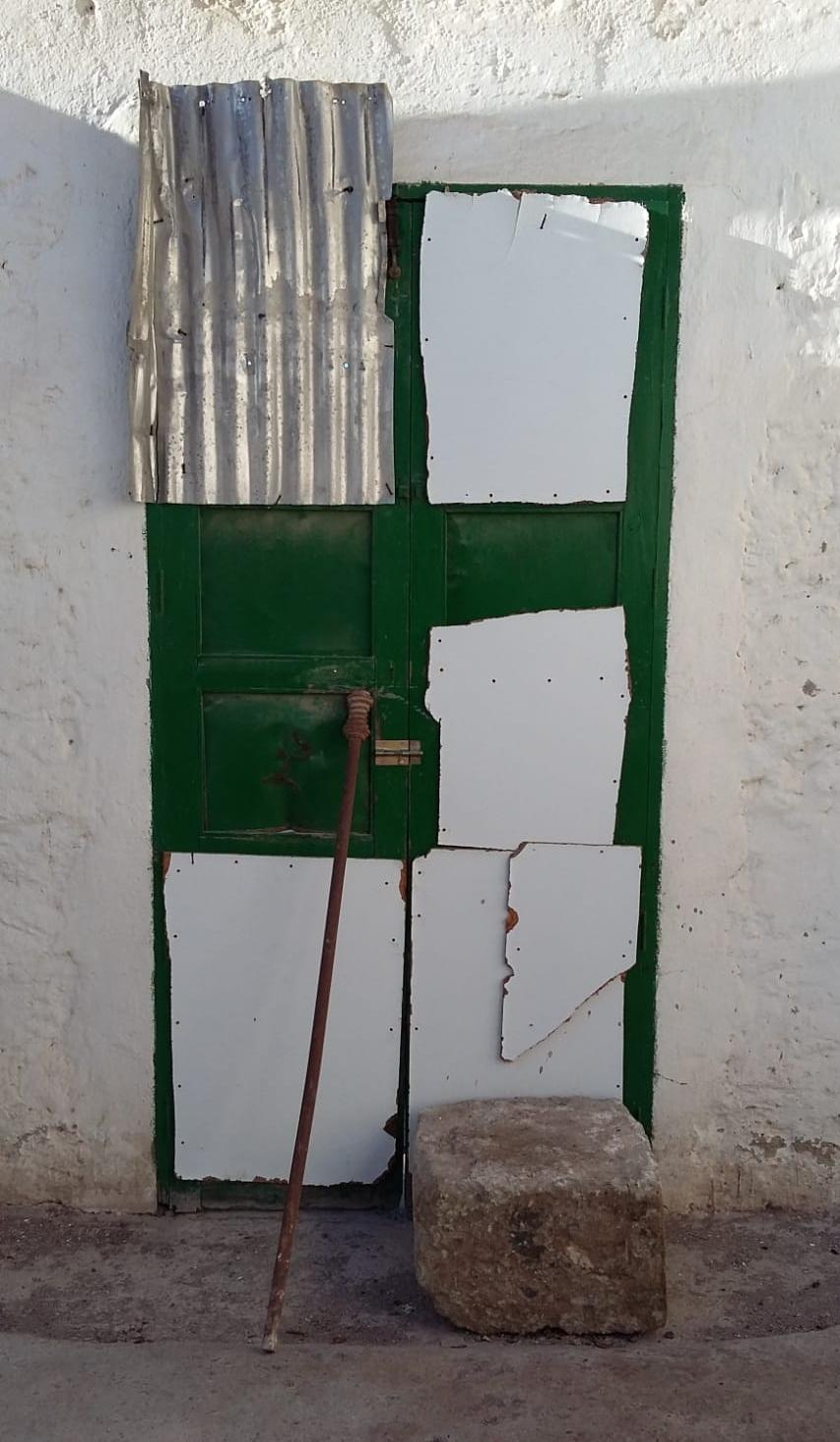 puerta antes.jpg