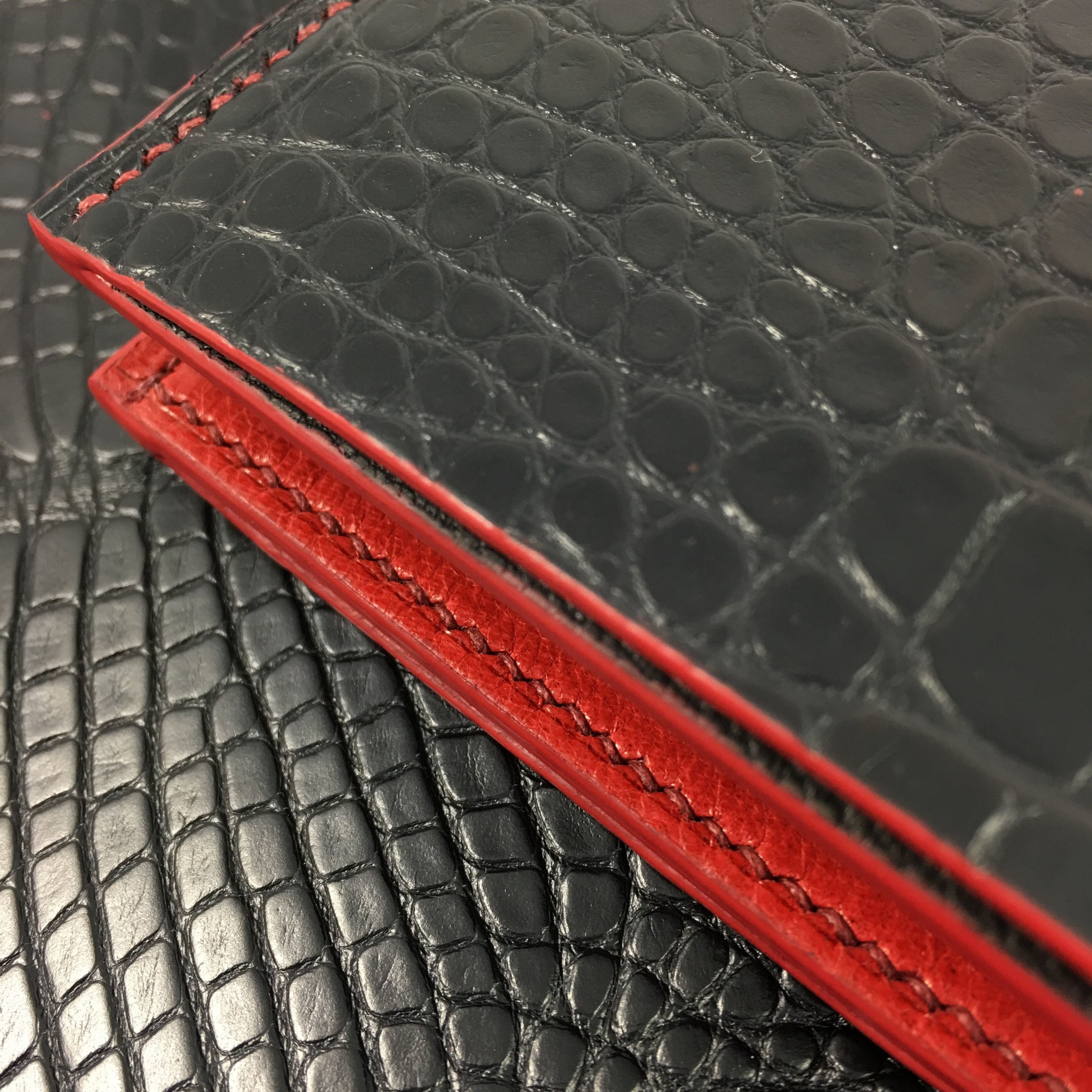 Bifold 8 slot wallet in Black Croc with Chevre Rogue