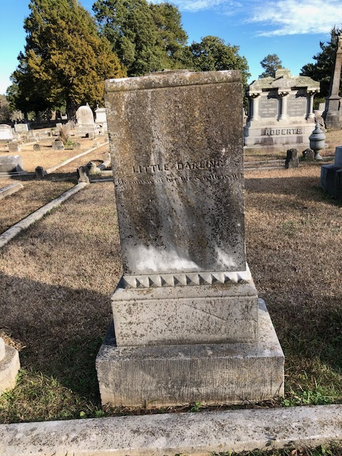 This headstone made me so sad that I leaned to the left. And I NEVER lean left.