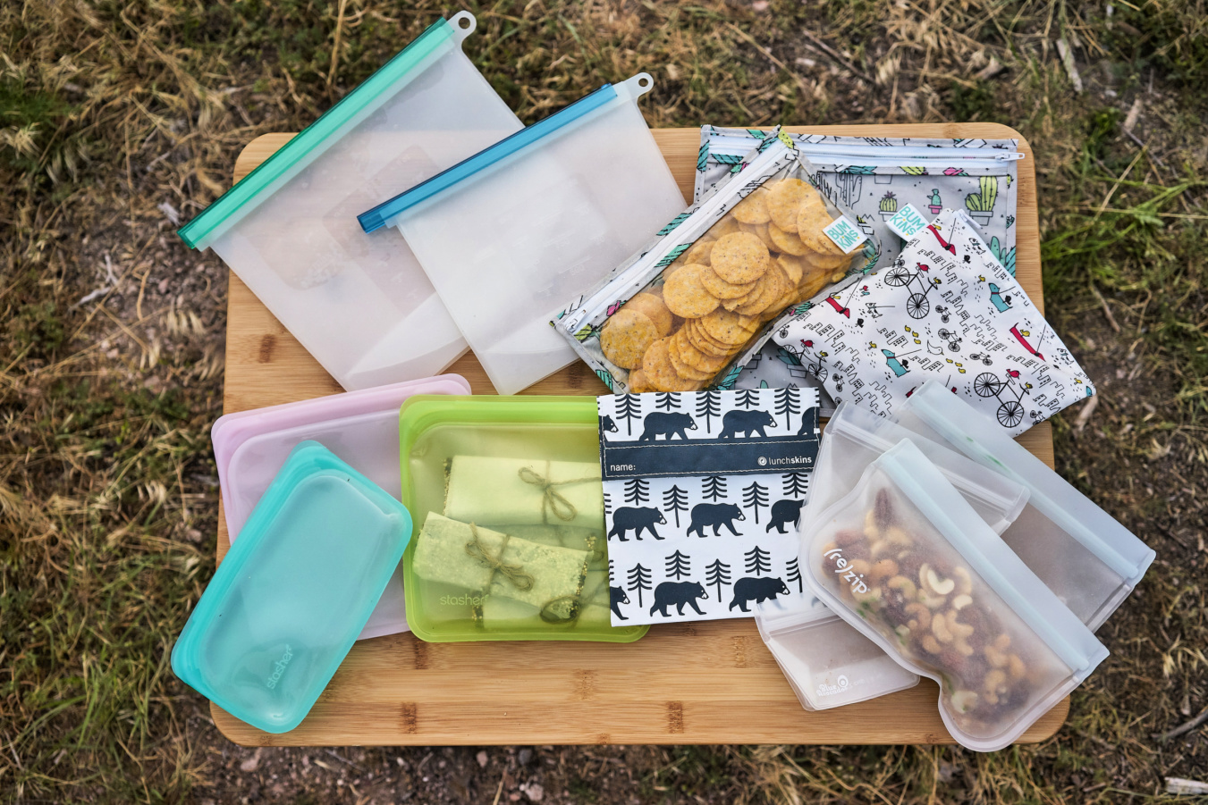 The best reusable bags for camping and hiking - a complete review! www.amandaoutside.com