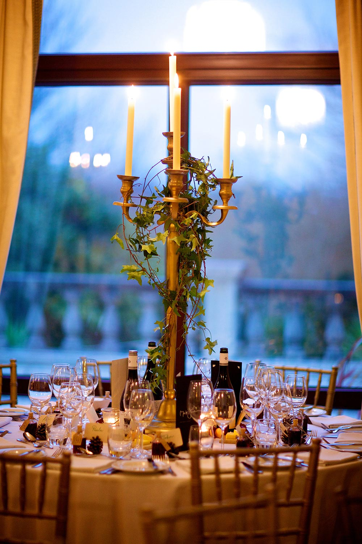 13-wilde-thyme-winter-wedding-event-flowers-styling.jpg