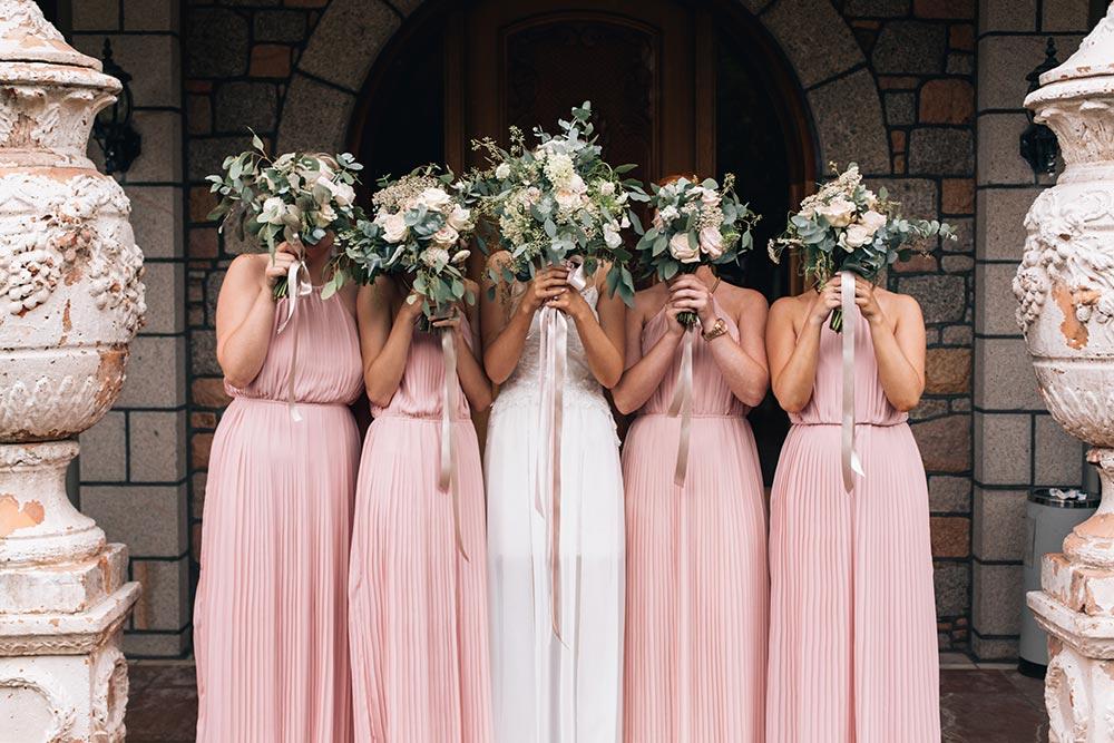 21-wilde-thyme-wedding-bridal-bouquet-bridesmaids-flowers-blush-pink-nudes-jersey-wedding-event-styling.jpg