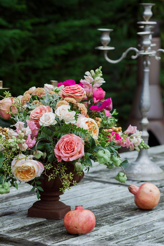 17-wilde-thyme-photoshoot-styling-table-decor-urn.jpg