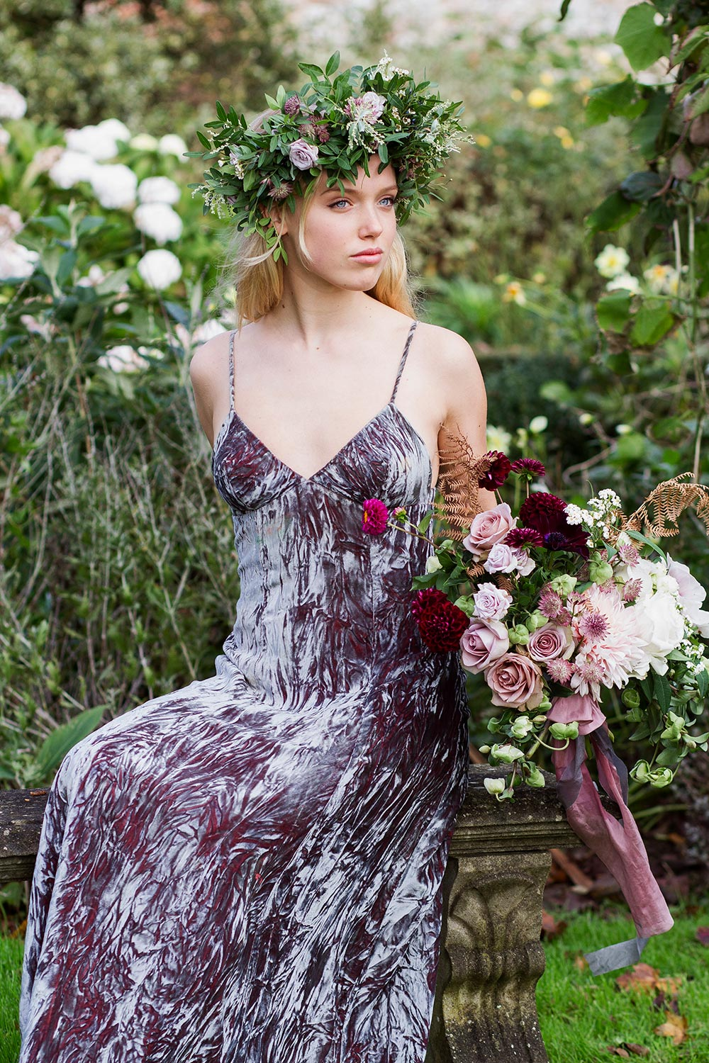 16-wilde-thyme-photoshoot-styling-floral-crown.jpg