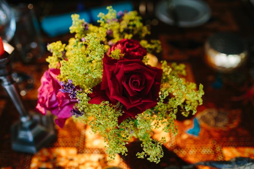 3-wilde-thyme-wedding-flowers-fragrant-garden-roses.jpg