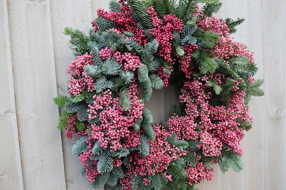 7-peppercorn-pine-christmas-wreath-wilde-thyme-florist-jersey-wedding-events-styling.jpg