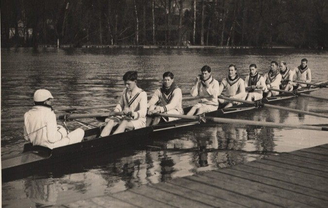 RUBC 1st VIII at Henley preparing to race University of London, 1929.