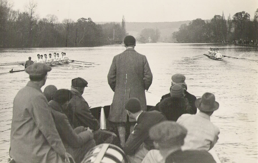 RUBC racing London University at Henley in 192.