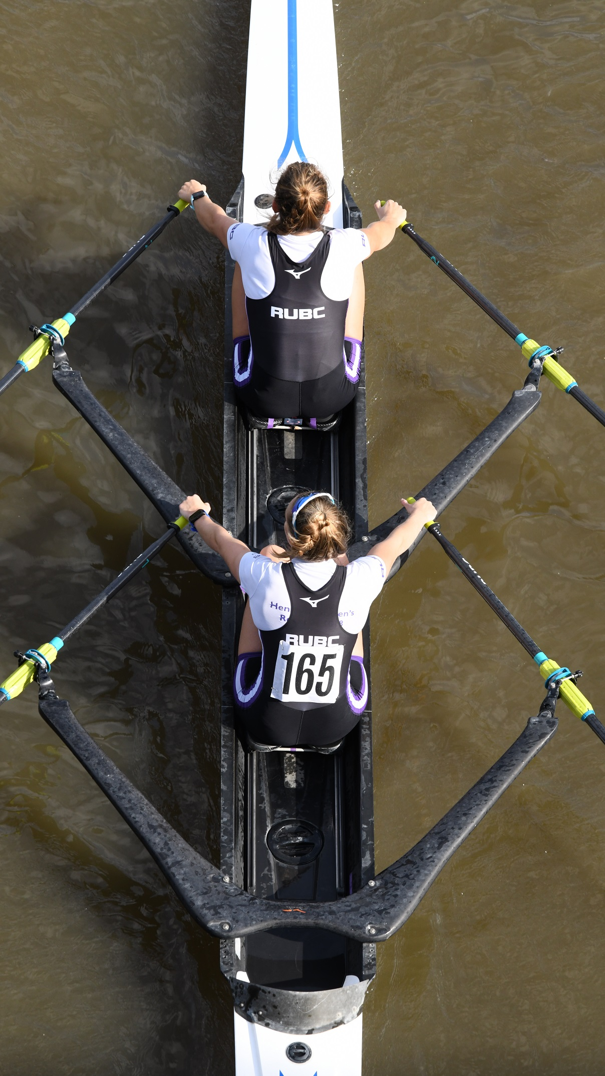 Rachel & Sophie (thanks to Chris from Ketsugi Rowing for the picture)