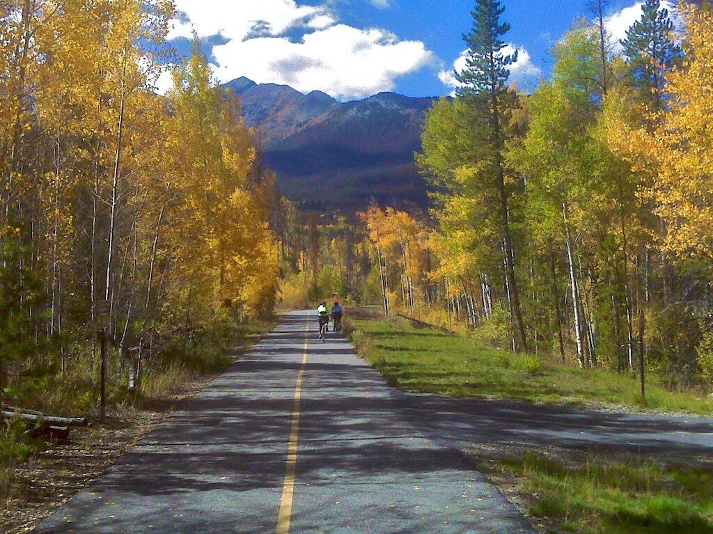 summit-bike-path-in-fall-.jpg
