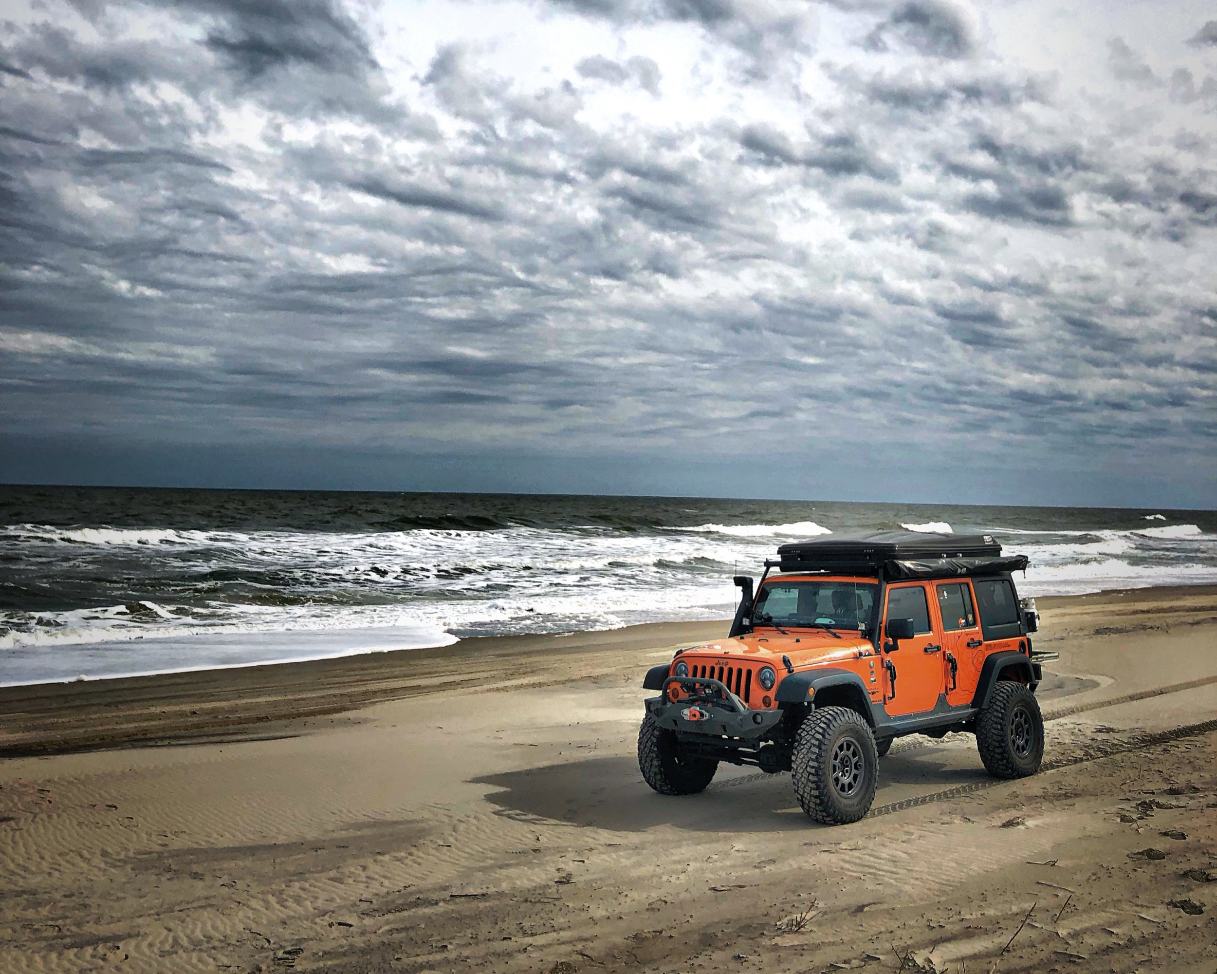 jeep+on+beach.jpg