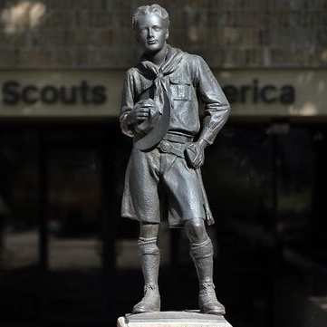 - Nearly 800 accuse Boy Scouts of failing to protect them from sex abuse as new lawsuit is filedAugust 5th, 2019 | Cara Kelly, David Heath and Rachel AxonFormer Scouts have filed hundreds of lawsuits, but many other claims fall outside of the statute of limitations for criminal or civil complaints. That may change as states loosen statutes for child sexual abuse cases.In the past two years, legislators in 14 states and the District of Columbia passed bills extending the statute of limitations for civil lawsuits relating to child sexual abuse, according to data from CHILD USA. Nine include so-called revival windows that allow individuals to sue over past abuse.