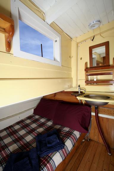 cabin-eight.jpg