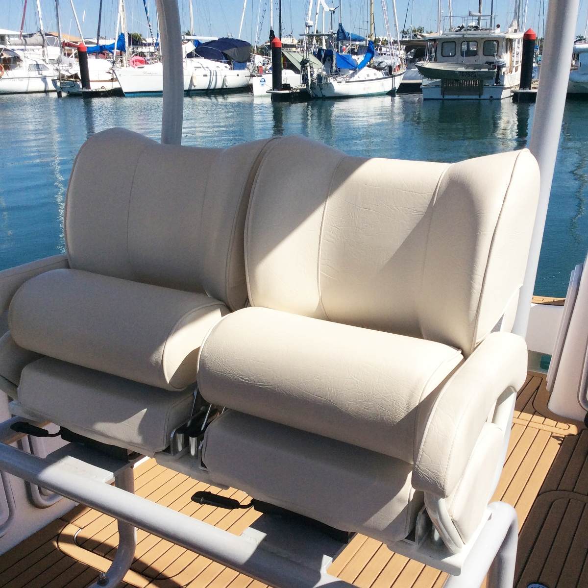 seats stand up-s RZ.jpg