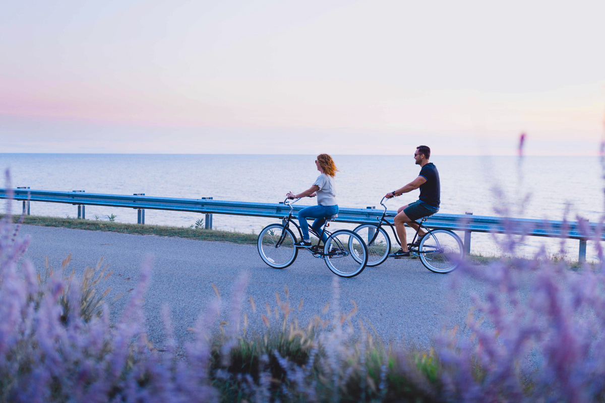 Bike Lake Shore Drive In Saugatuck Michigan