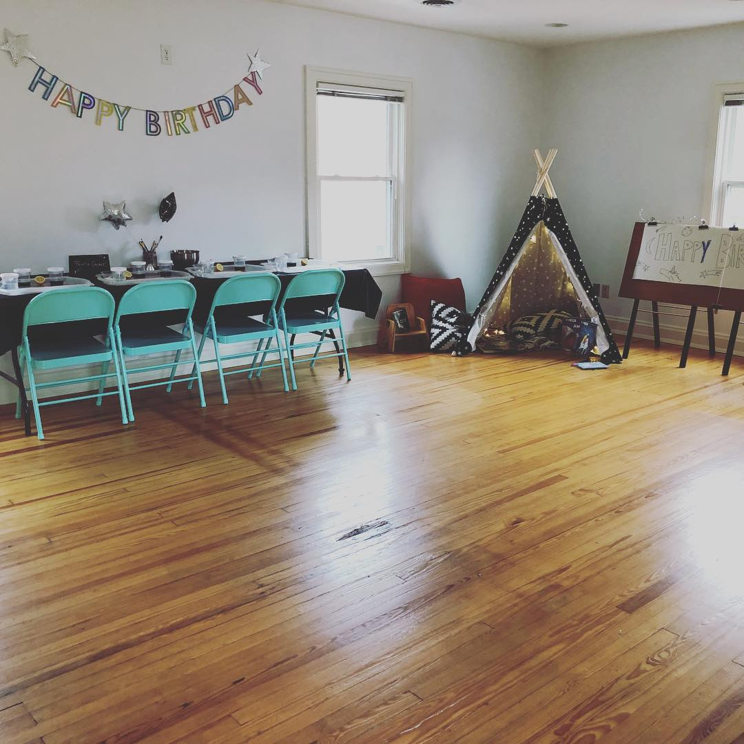 KidLitCrafts is thrilled to partner with the beautiful  Bookhouse Studio  for birthday parties and special events!