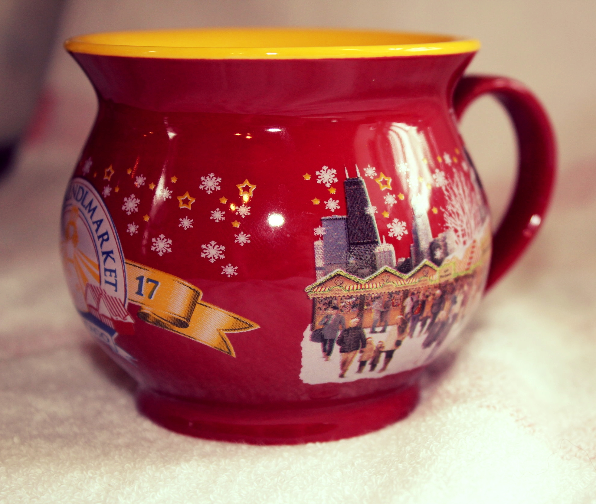 And don't forget to get your Gluehwein, Cider or Hot Chocolate in a commemorative mug!