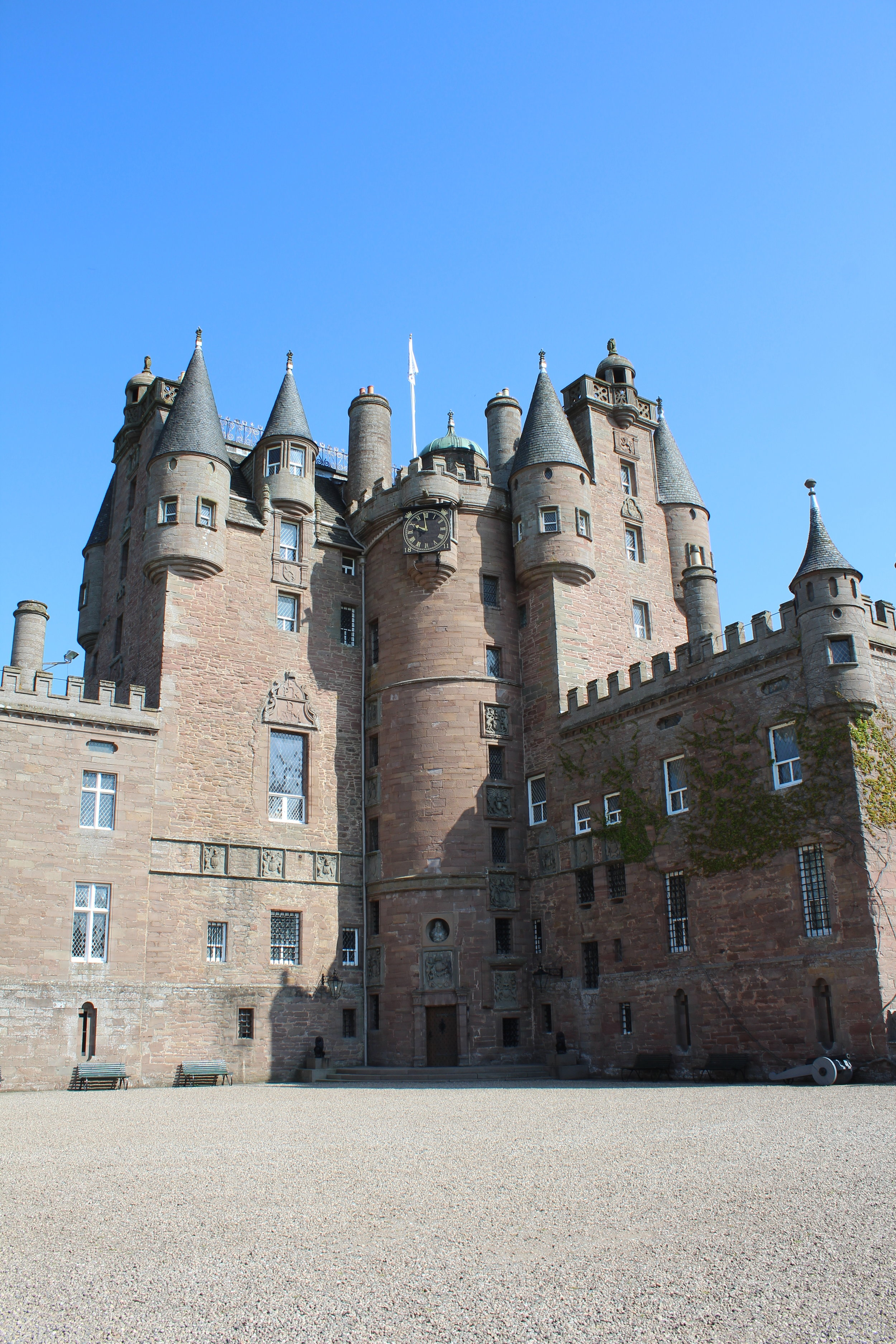 The fairytale facade of Glamis Castle