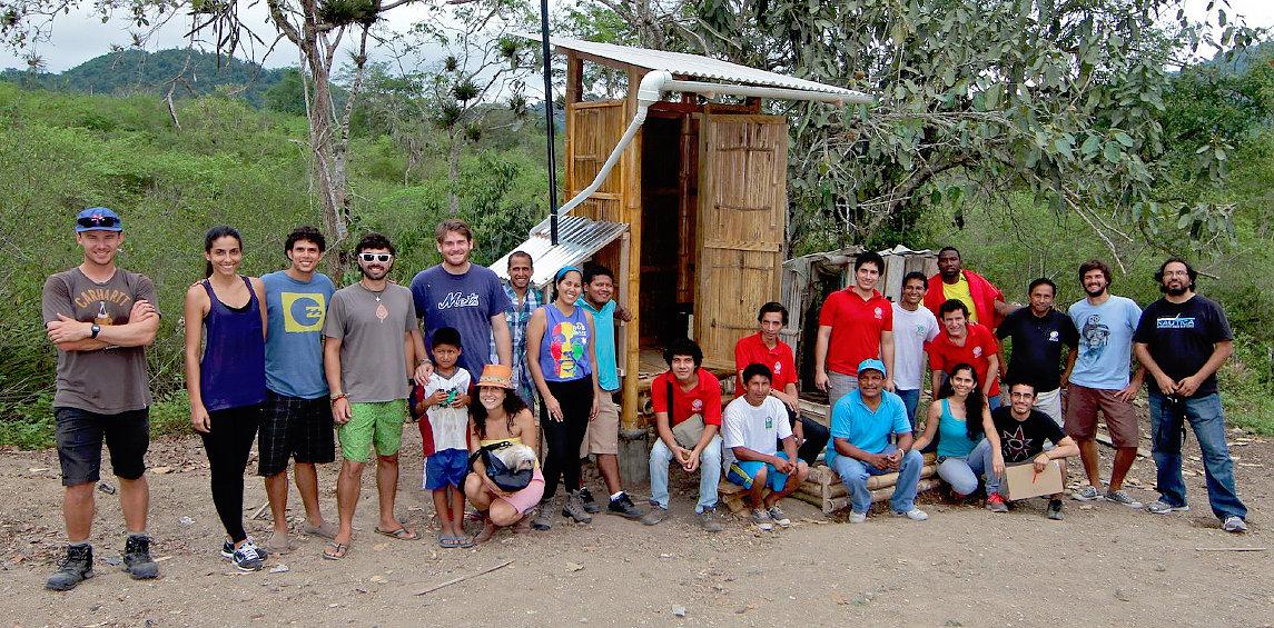 volunteer-ecuador.jpg