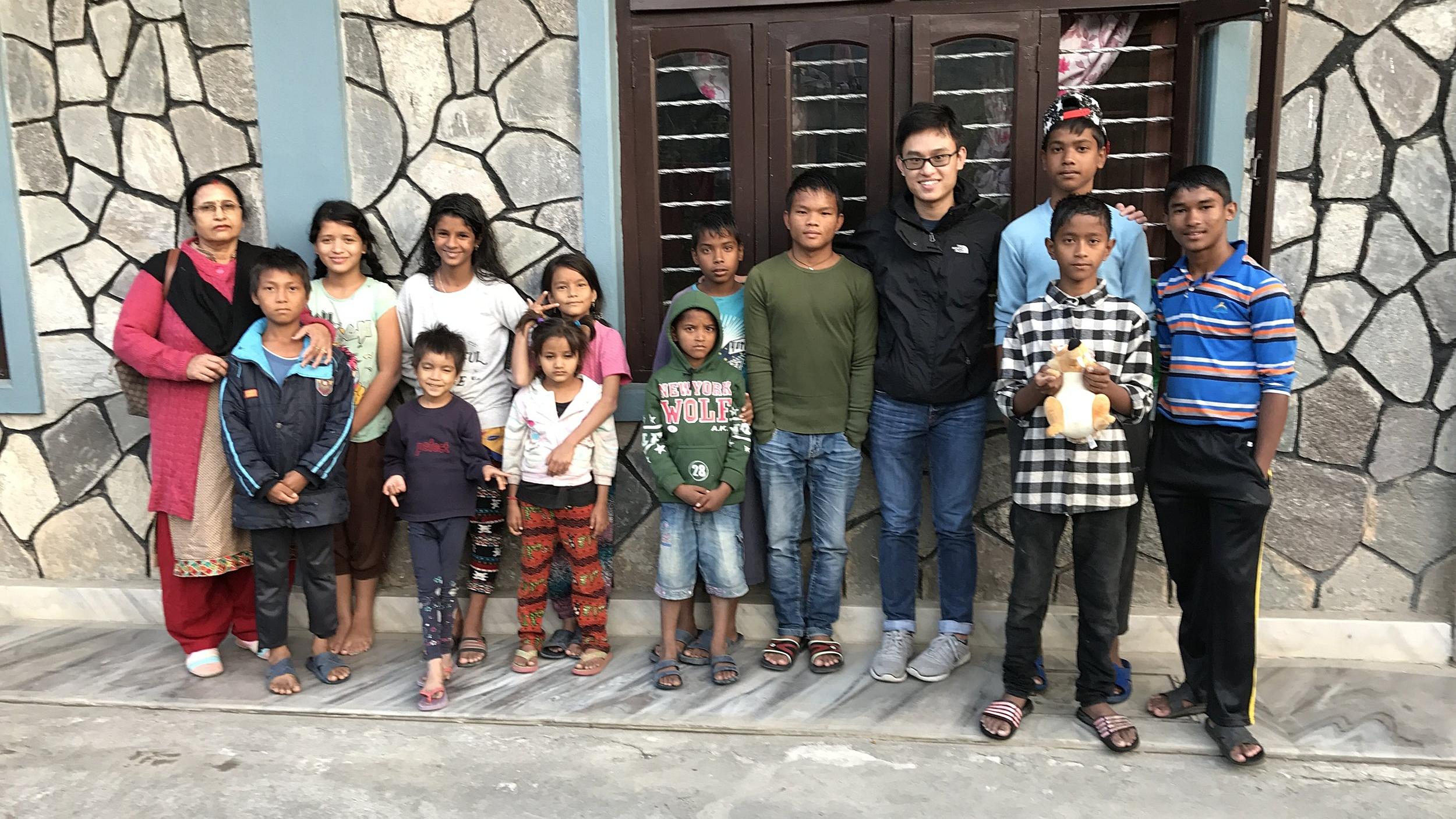 volunteer_nepal.jpg