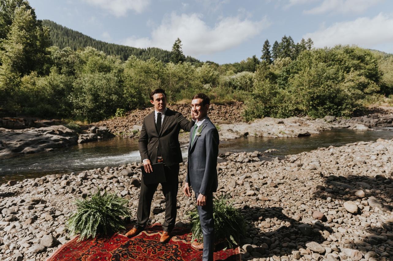 037_Ragan&Max-1811_Oregon_Forest_Smith_Wedding_Tillamook_Oregon-Forest-Wedding_Homestead_Tillamook-Forest-Wedding.jpg