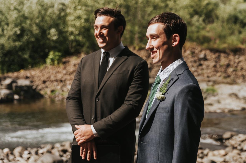 039_Ragan&Max-1816_Oregon_Forest_Smith_Wedding_Tillamook_Oregon-Forest-Wedding_Homestead_Tillamook-Forest-Wedding.jpg