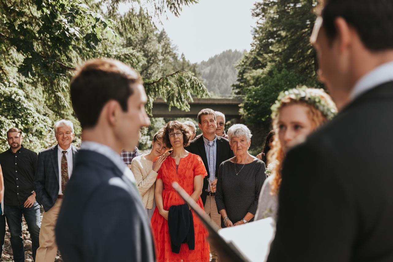 044_Ragan&Max-1826_Oregon_Forest_Smith_Wedding_Tillamook_Oregon-Forest-Wedding_Homestead_Tillamook-Forest-Wedding.jpg