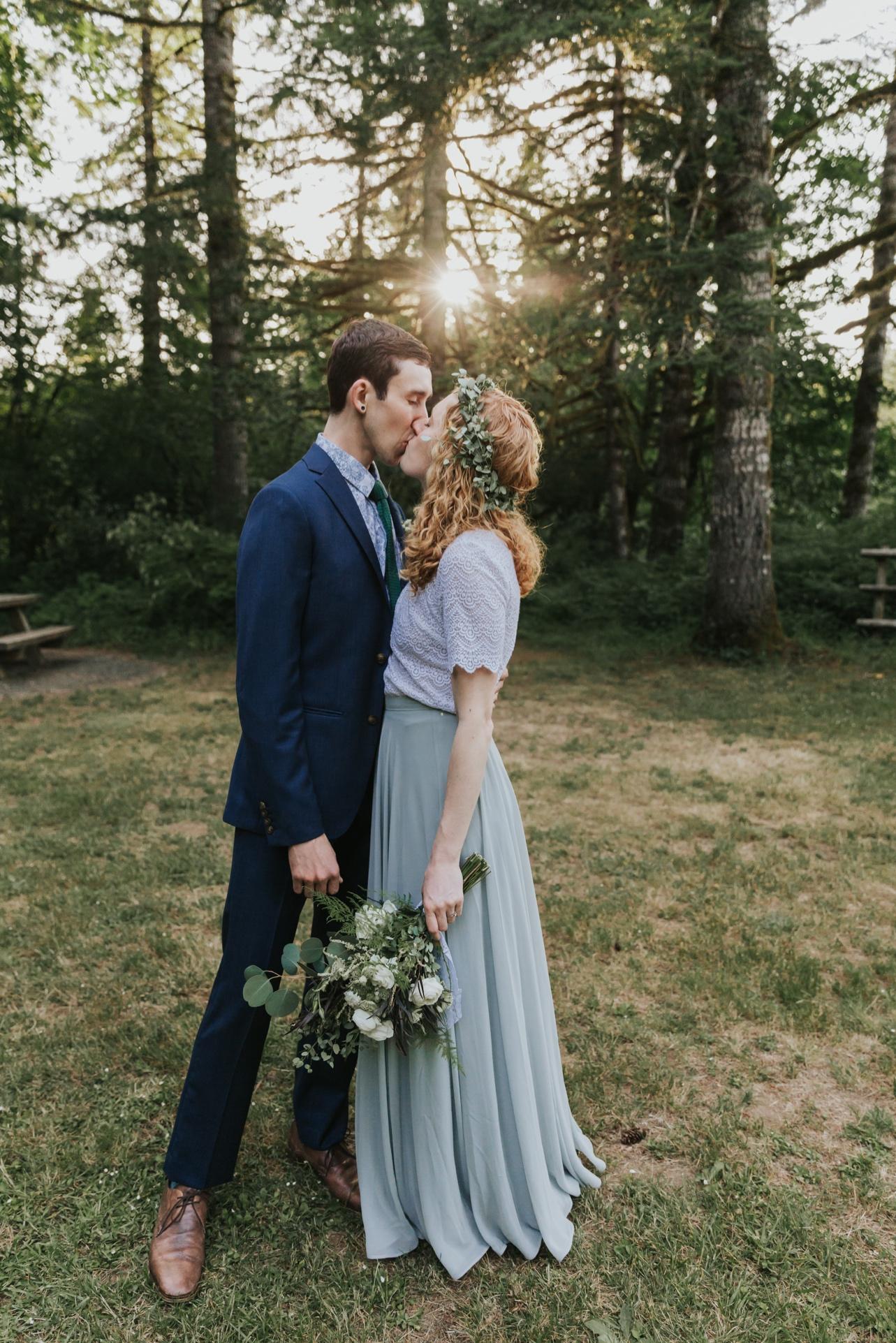 087_Ragan&Max-2545_Oregon_Forest_Smith_Wedding_Tillamook_Oregon-Forest-Wedding_Homestead_Tillamook-Forest-Wedding.jpg