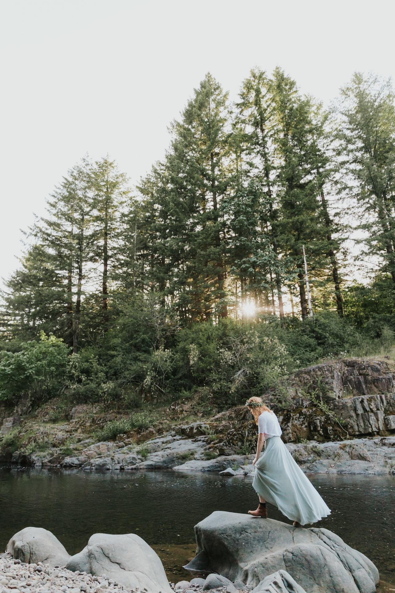 089_Ragan&Max-2572_Oregon_Forest_Smith_Wedding_Tillamook_Oregon-Forest-Wedding_Homestead_Tillamook-Forest-Wedding.jpg
