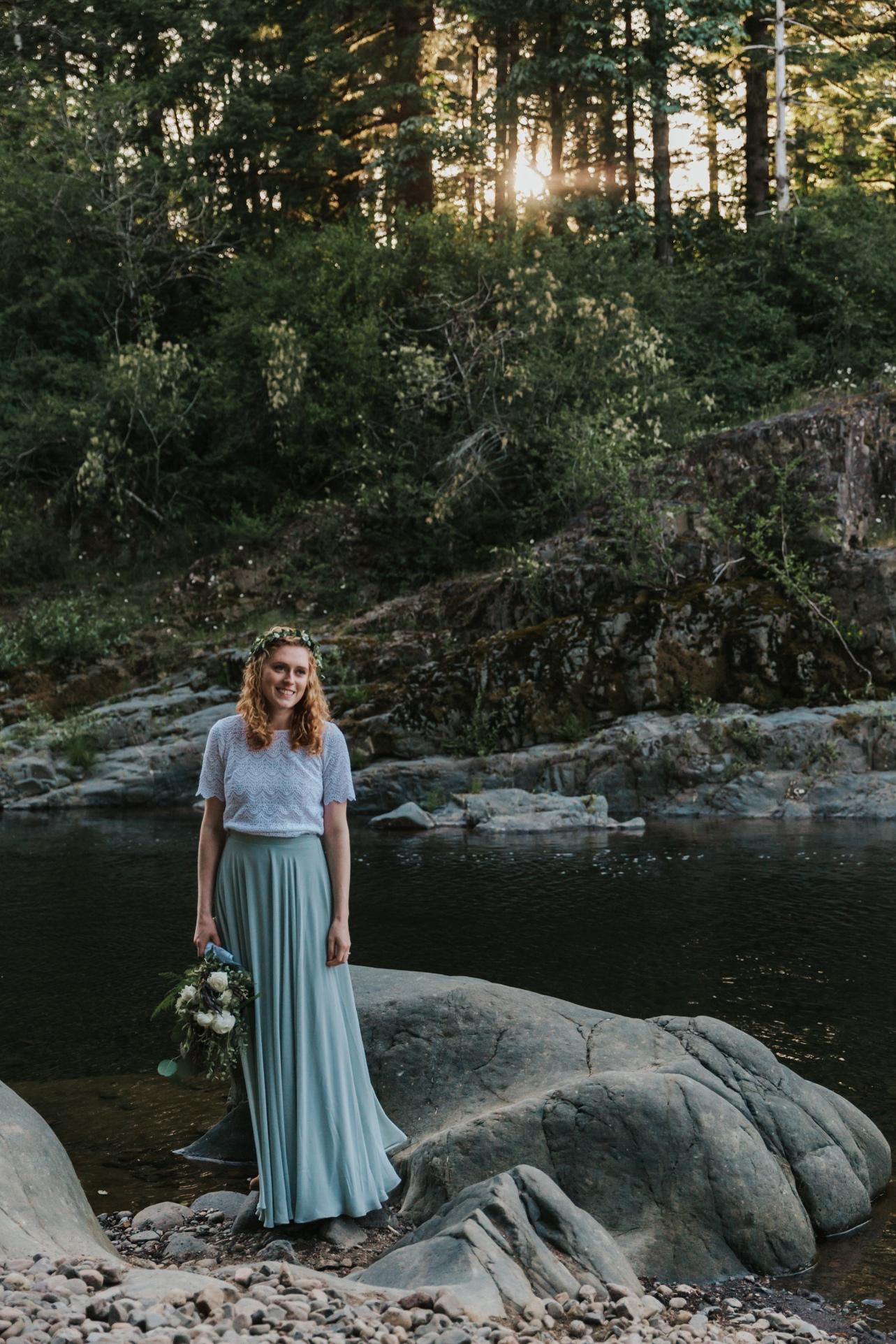 090_Ragan&Max-2569_Oregon_Forest_Smith_Wedding_Tillamook_Oregon-Forest-Wedding_Homestead_Tillamook-Forest-Wedding.jpg