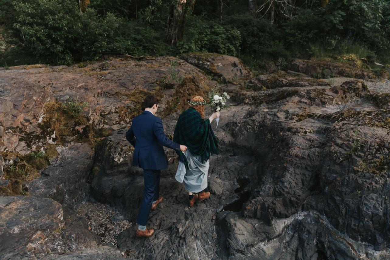 103_Ragan&Max-2641_Oregon_Forest_Smith_Wedding_Tillamook_Oregon-Forest-Wedding_Homestead_Tillamook-Forest-Wedding.jpg