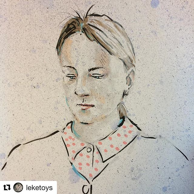 #Repost @leketoys (@get_repost) ・・・ @millamat thinks it hard to model - but is steady as a rock. #drawing #neolucida #portrait