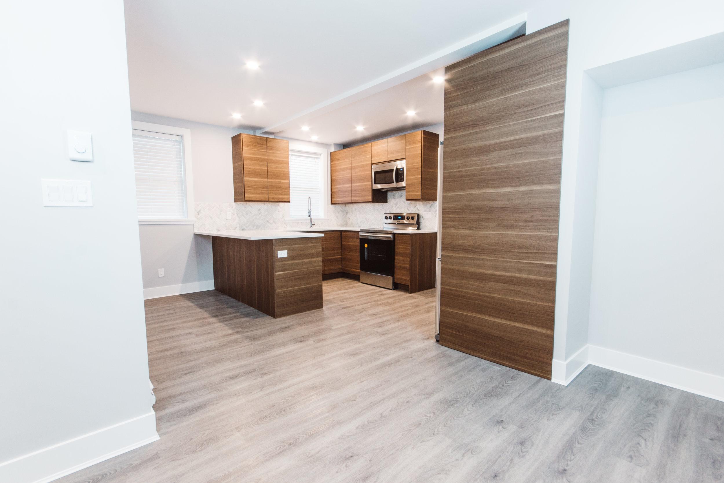 Suite3_Kitchen-LivingRoom.jpg