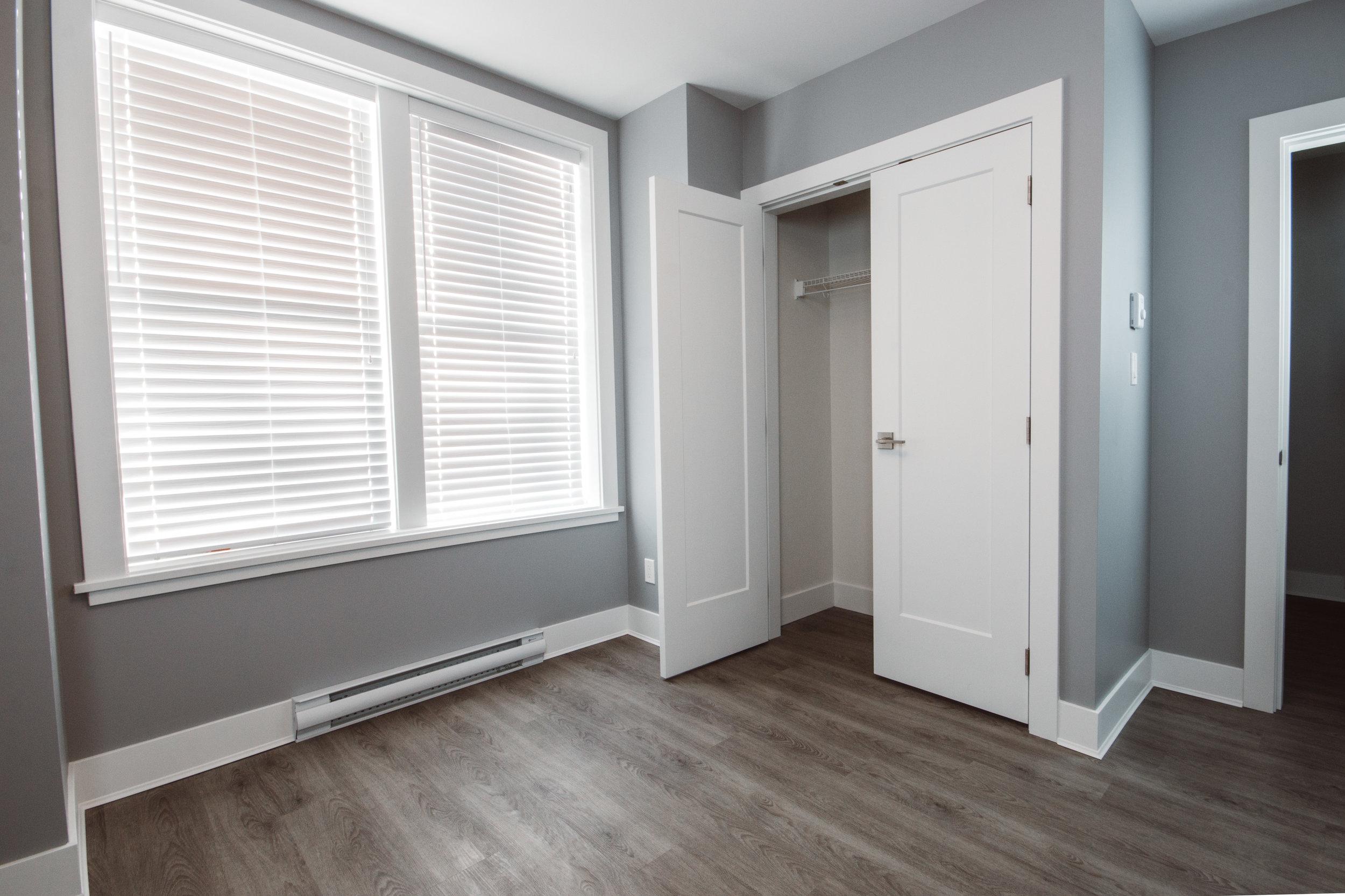 Suite3_MasterBedroom4.jpg