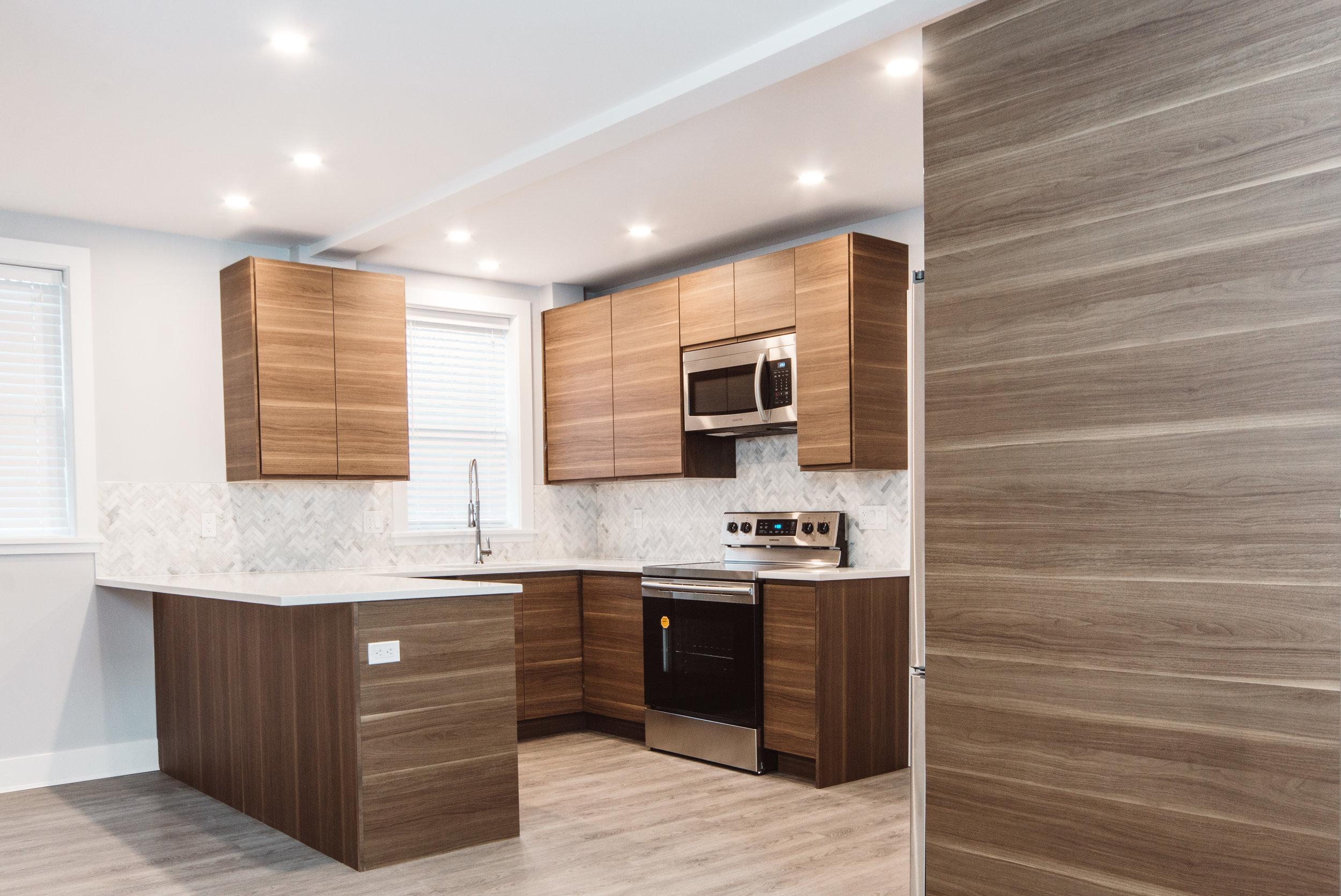 Suite3_Kitchen4.jpg