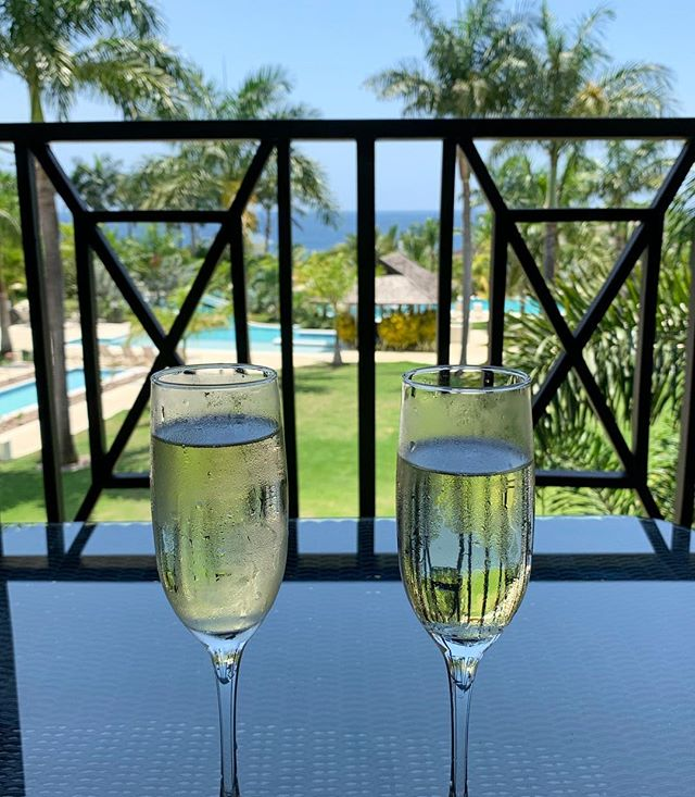 Thank you ❤️ at @thecliffjamaica !! We love you and are so happy to be back for our honeymoon!!!