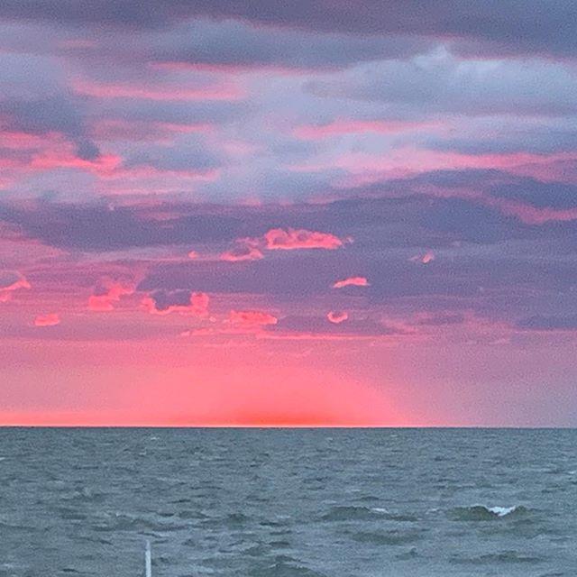 Unbelievable sunset 🌅 in Ocracoke 💕 #nofilter