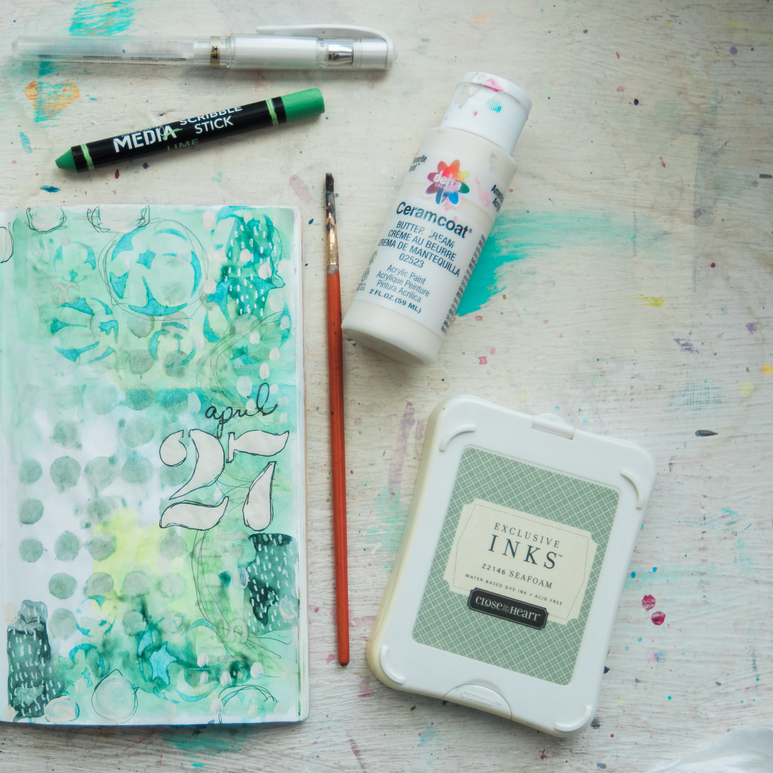 Watch a timelapse of this journal page in  Journal With Me Bundle: Pack 1 .