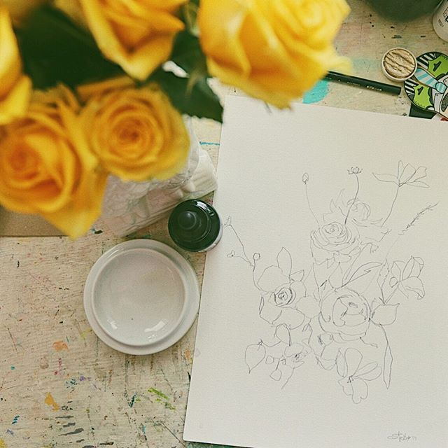 A bouquet of yellow roses from @davlee39 for Mother's Day and a bouquet of sketchy flowers because my creative soul needed it. 💛