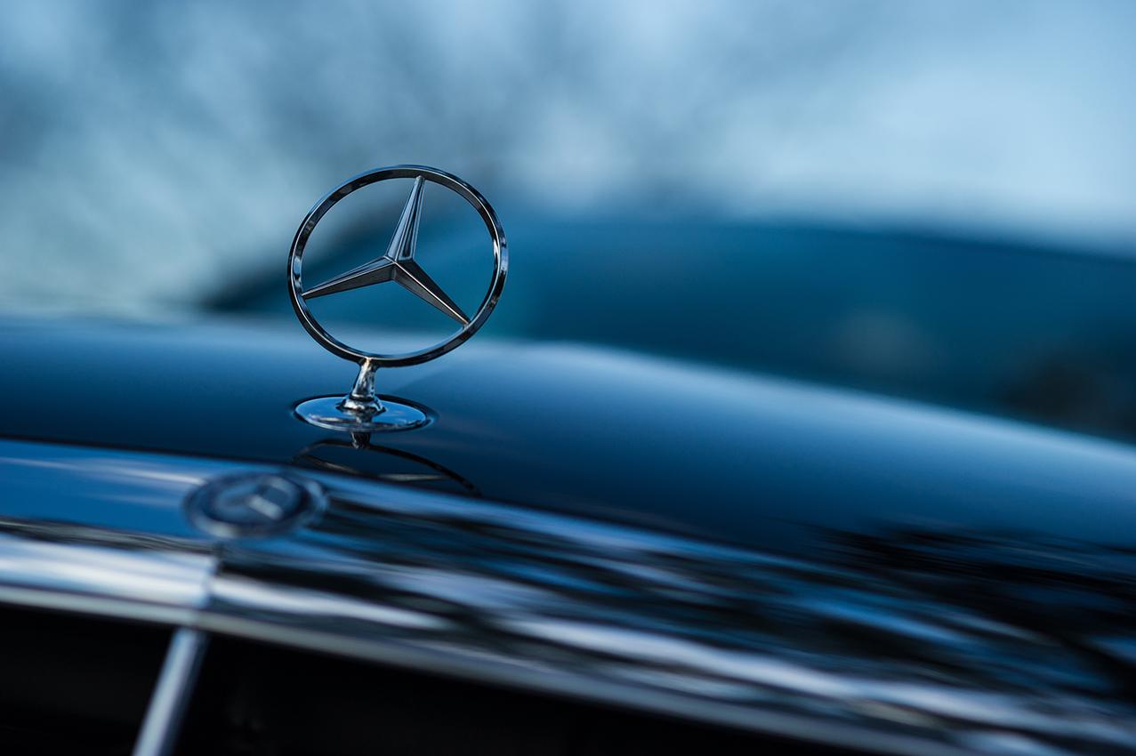 Mercedes Badge FINISH.jpg
