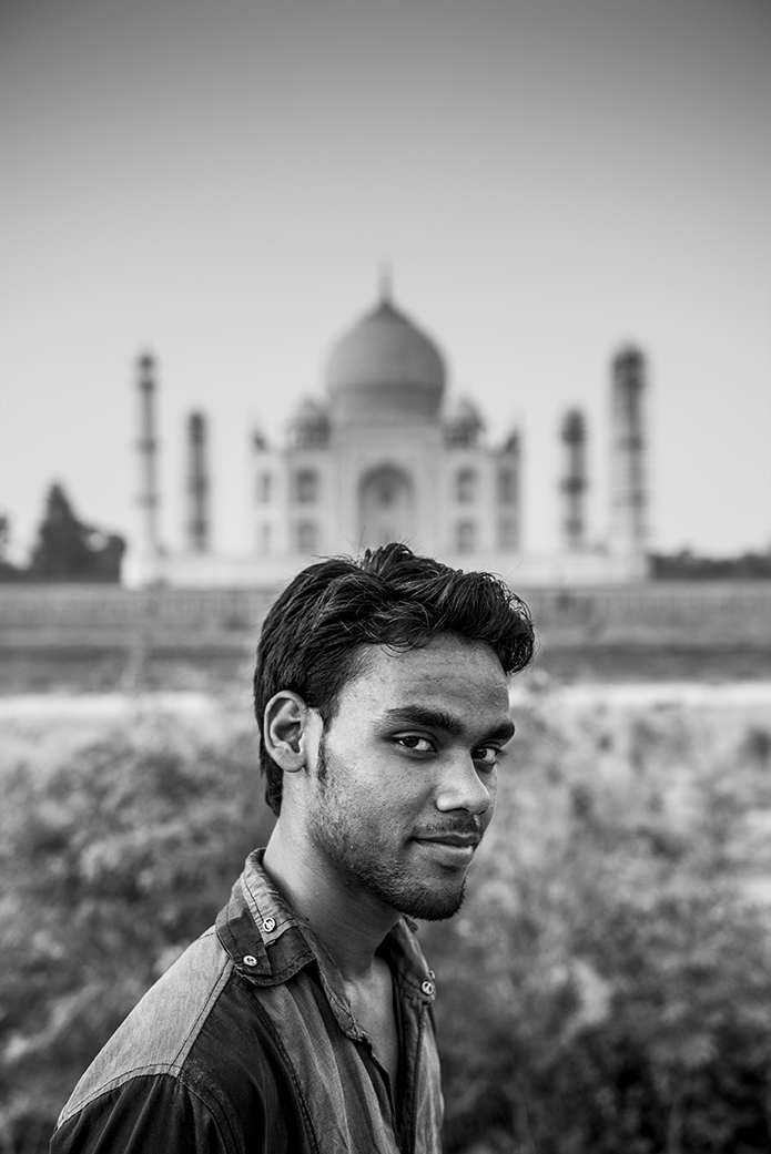 Man at Taj Mahal.jpg