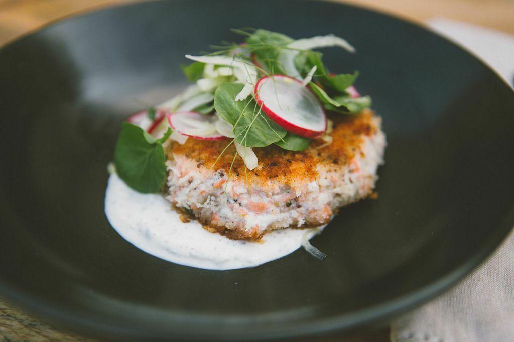 Seafood Sidekick Salmon Burger with Greek Tadziki